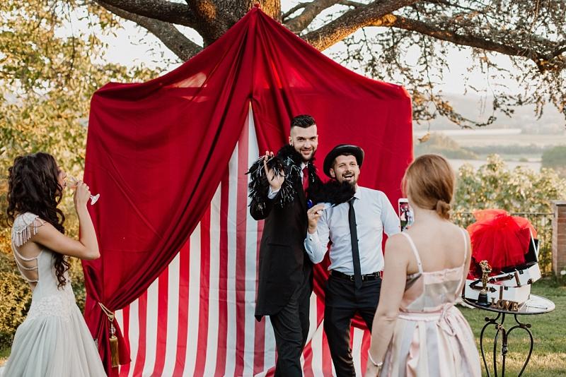 vintage_circus_rocknroll_wedding_0185.jpg