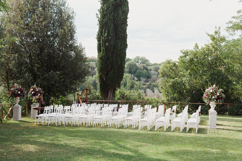 ceremony setting in borgo santambrogio tuscany