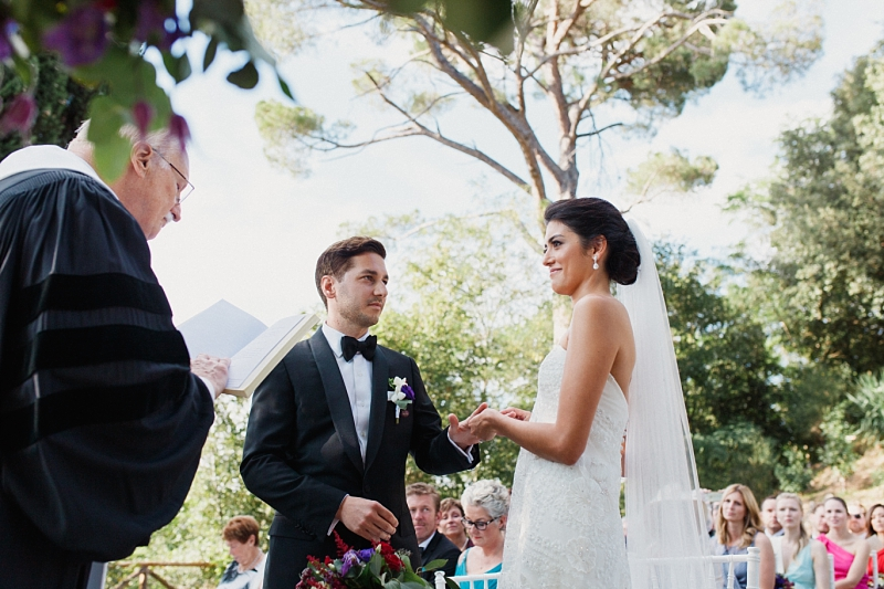 wedding vows exchange in tuscany