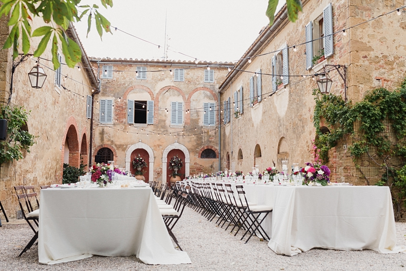 tuscan wedding al fresco dinner