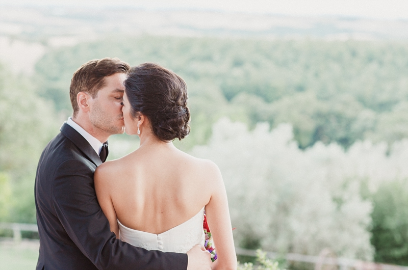 intimate wedding portrait in val d'orcia